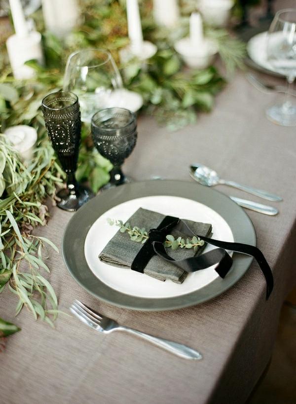 nappe-brun-set-de-table-élégant-serviette-de-table-vert-gris-ruban-noir