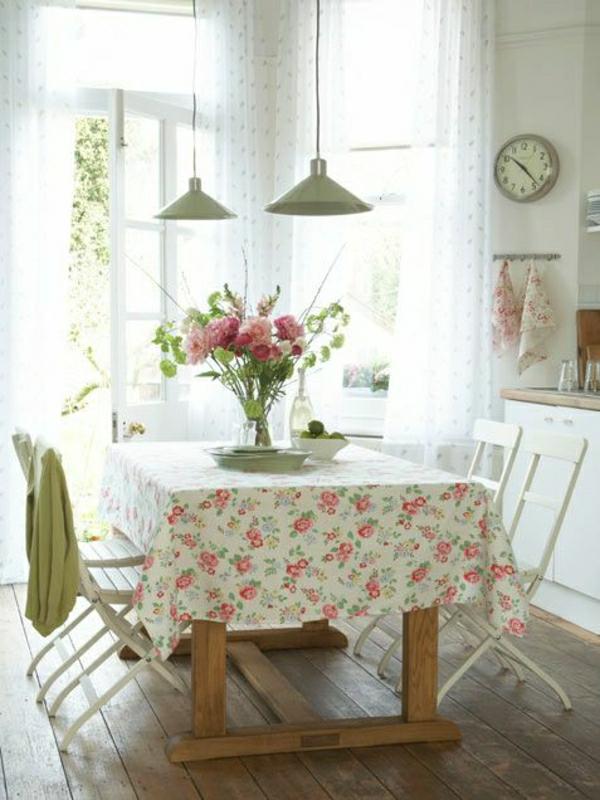 101 id es pour la nappe de table un accessoire indispensable for 101 vintage kitchen decorating ideas