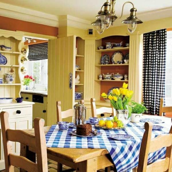 nappe-de-table-aux-carreaux-blanc-bleu-fleurs-de-table-jaunes-ambiance-cocooning