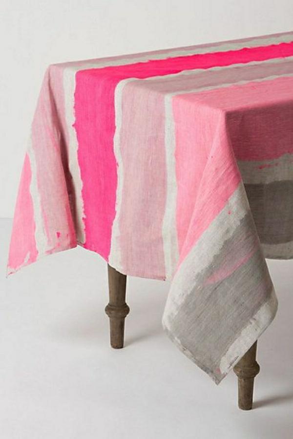 nappe-de-table-coloré-rpse-violet-gris-table-en-bois-basse-variante
