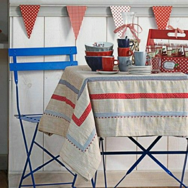 nappe-de-table-en-lin-beige-blanc-rouge-chiase-bleu-en-fer