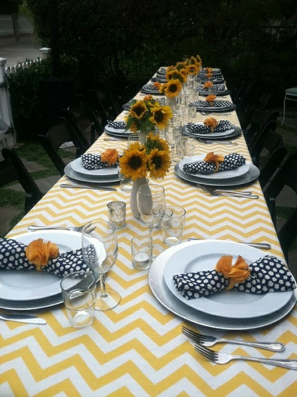 nappe-jaune-blanche-set-de-table-élégant-serviette-de-table-aux-points-blancs-tournesols