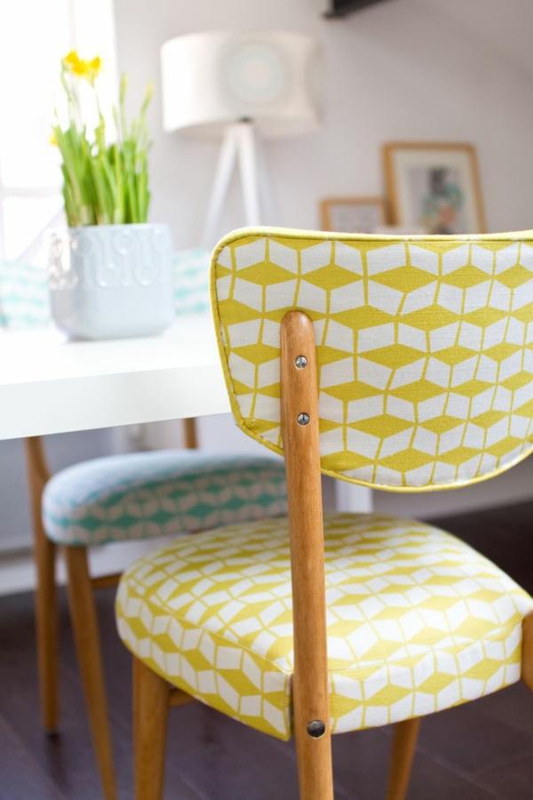 originale-chaise-salle-a-manger-pas-cher-tulips-jaunes
