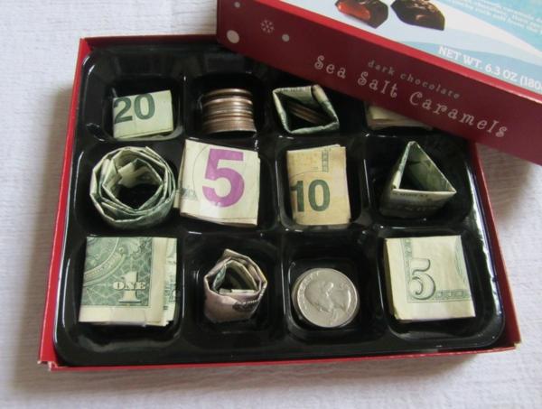 originale-tirelire-idee-sauver-argent-biscuites-resized