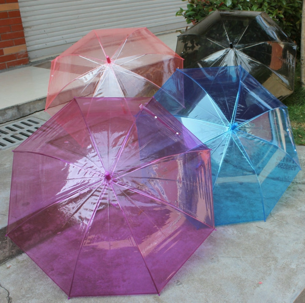 parapluie-transparent-couleurs-douces