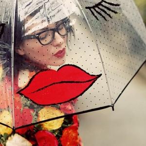 Le parapluie transparent - beauté et charme pour tous les jours