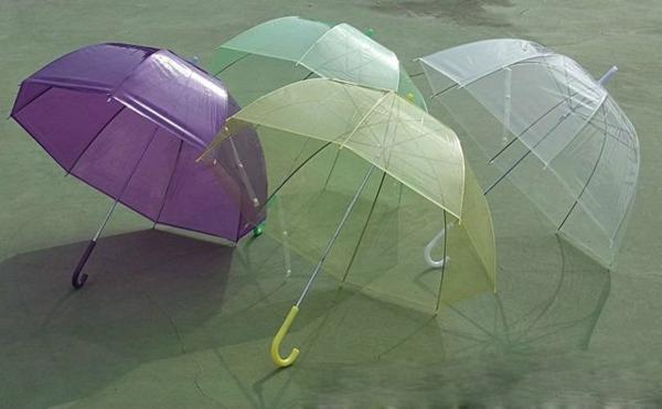 parapluie-transparent-parapluies-en-couleurs