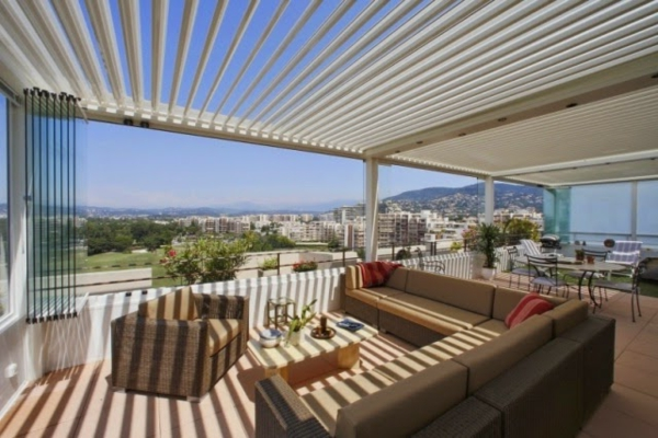 pergola-bioclimatique-pour-le-balcon