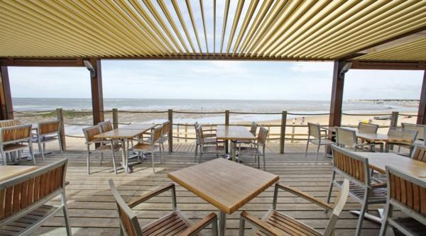pergola-bioclimatique-rationnalisations-trendy-pour-les-plages