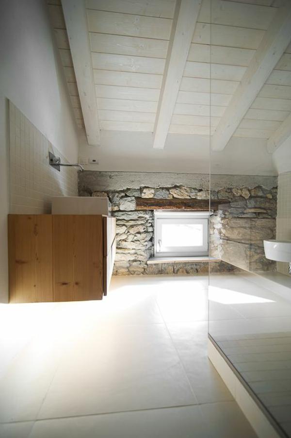Une salle de bain sous pente ou sous combles en 52 photos for Chambre de bain rustique