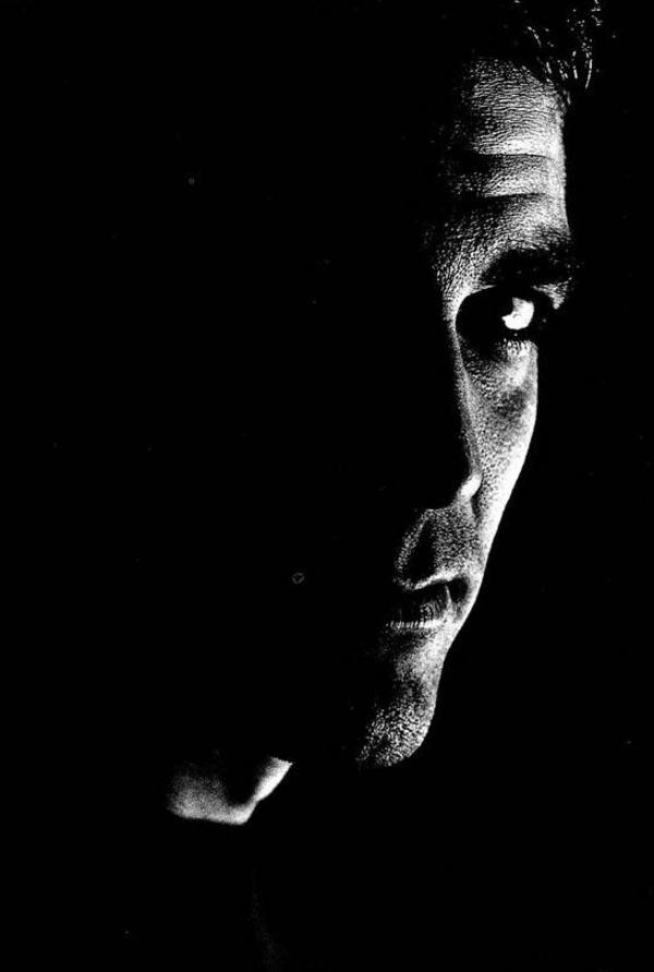photographie-acteur-george-clooney-noir-et-blanc-portrait-homme