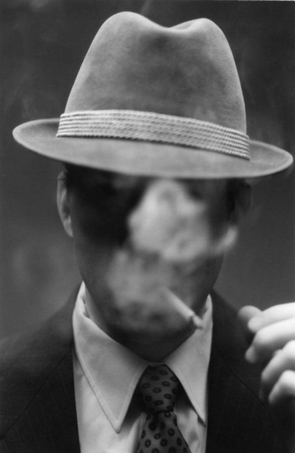 Photo noir et blanc cigarette