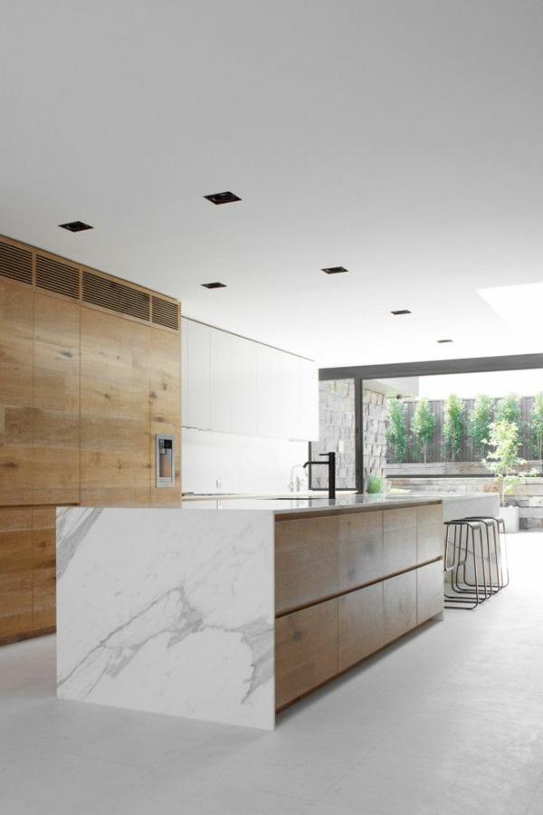 plan-de-travail-en-marbre-espace-minimaliste