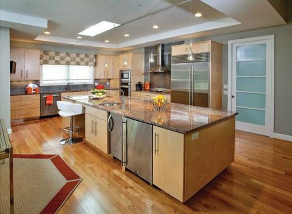 plan-de-travail-en-marbre-petite-cuisine-cosy