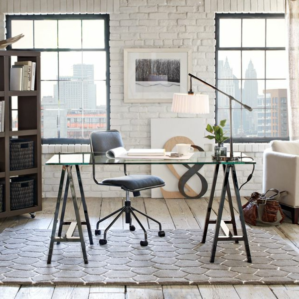 le plateau de bureau en verre pour votre office la maison. Black Bedroom Furniture Sets. Home Design Ideas