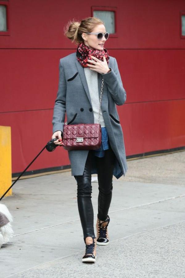 porter-burberry-écharpe-tenue-jolie
