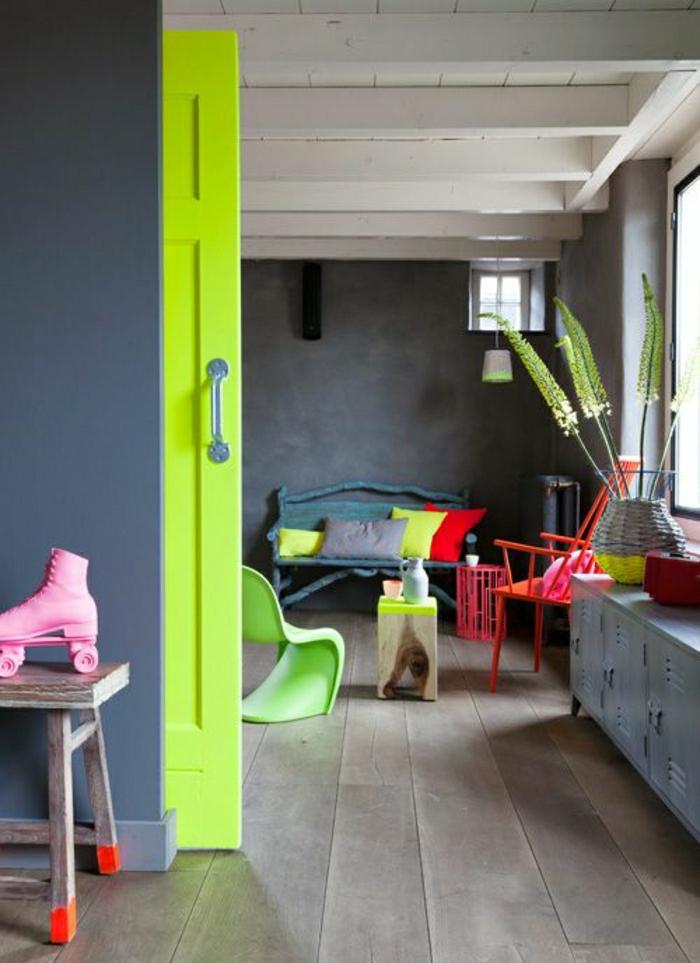 portes-coulissantes-idée-aménagement-de-couleur-vert-gris-planchers