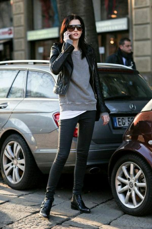 pull-gris-pantalon-slim-noir-lunettes-de-soleil-femme-mode