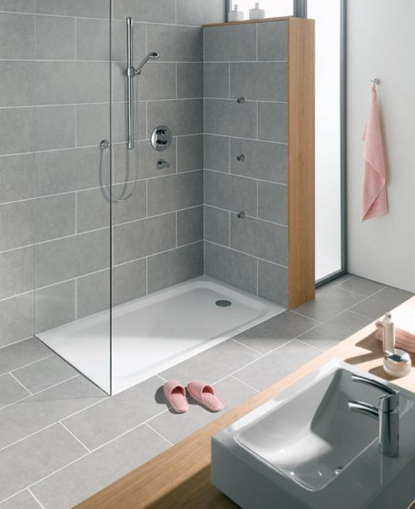 Le receveur de douche extra plat l gance pour la salle - Comment poser un bac a douche extra plat ...