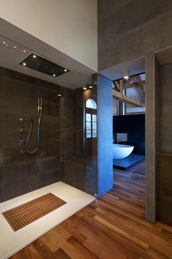 receveur-de-douche-extra-plat-salle-de-bains-spacieuse