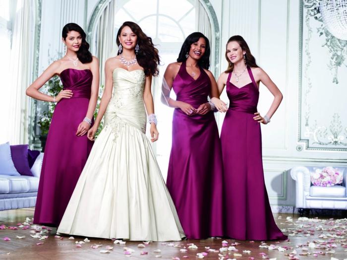 S'habiller pour la fête de mariage de vos amis