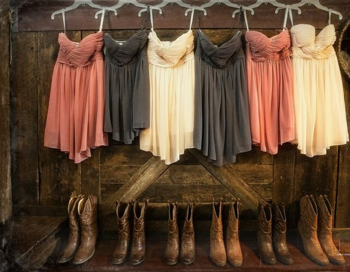 robe-demoiselle-jaune-rose-gris-country-bottes