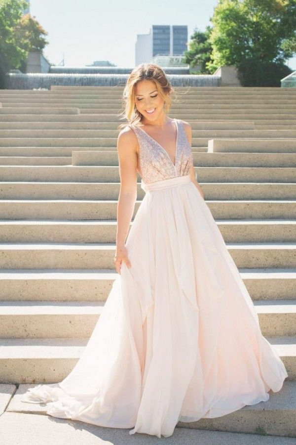 robe-mariage-rose-pritty-in-pink-sur-les-escaliers