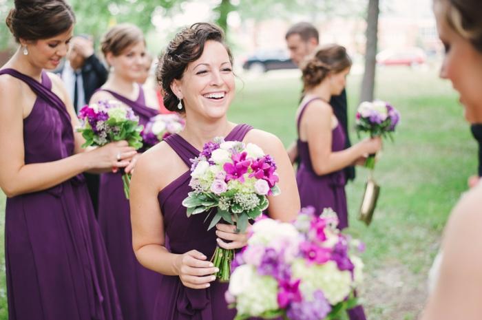 robes-demoiselles-d-honneur-femme-robe-violet
