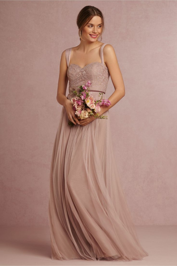 robes-pour-une-mariage-rose-de-princesse-bouquet-de-mariée