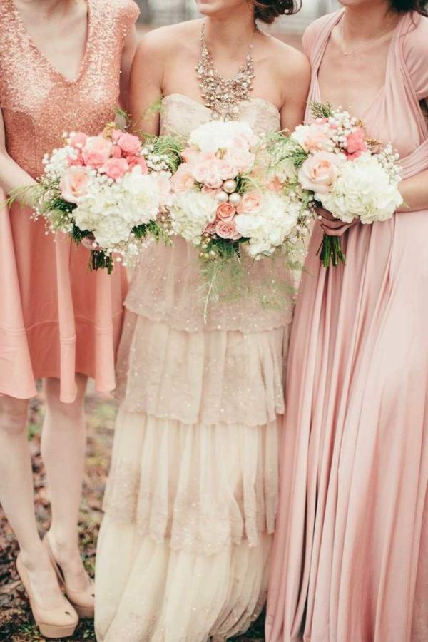 robes-pour-une-mariage-rose-de-princesse-vintage-bouquets