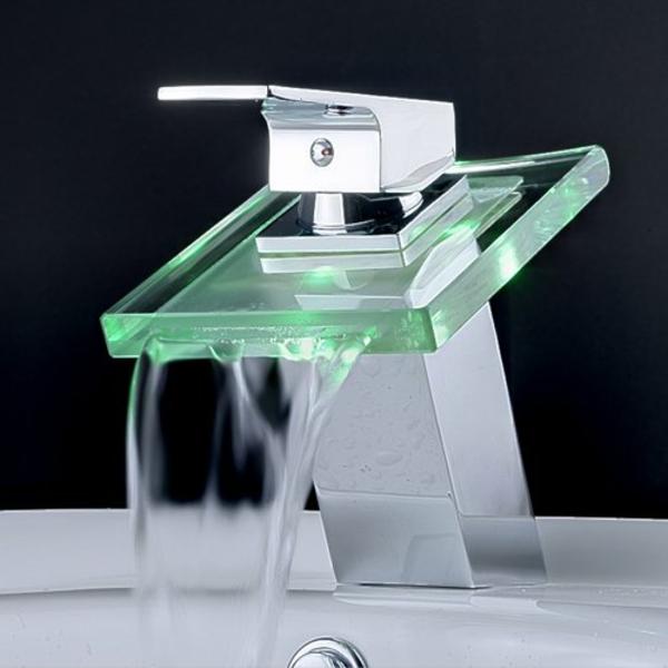 robinet-cascade-à-éclairage-led