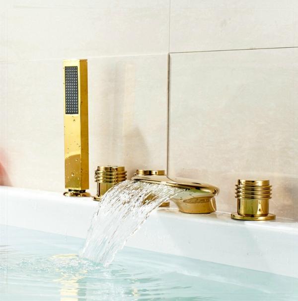 robinet-cascade-baignoire-spectaculaire