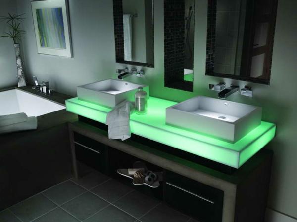 robinet-cascade-deux-vasques-rectangulaires