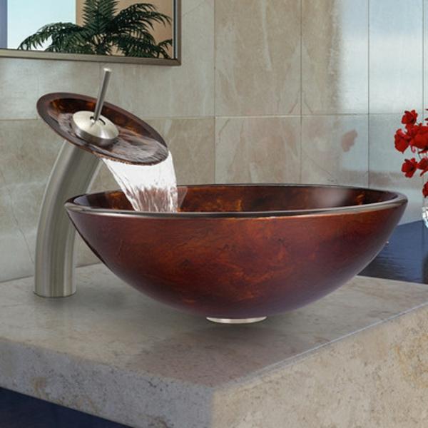 robinet-cascade-en-verre-original