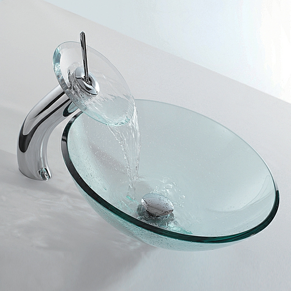 robinet-cascade-en-verre-pur