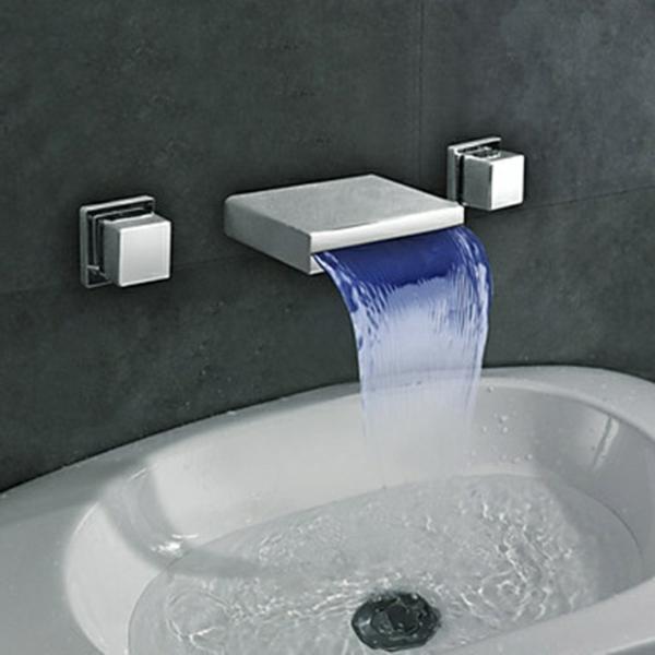 robinet-cascade-mural-avec-deux-anses