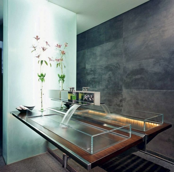 robinet-cascade-vasque-rectangle-en-verre