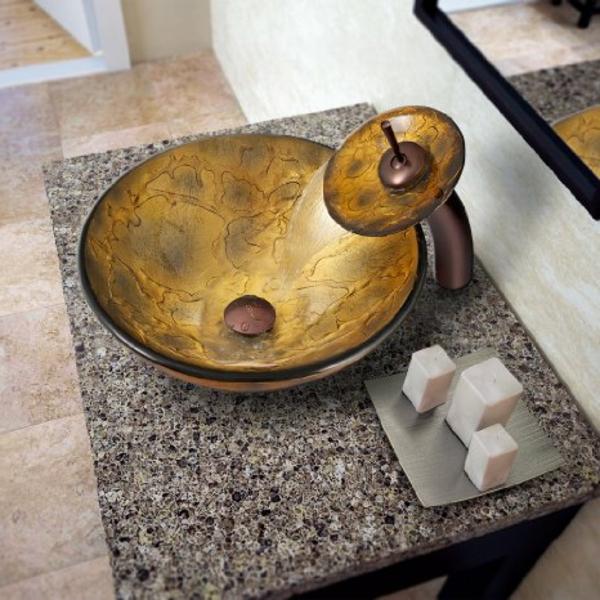robinet-cascade-vasuqe-jolie-ronde