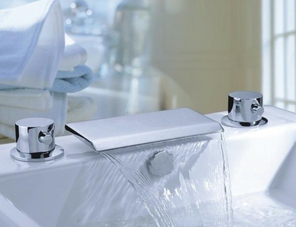 robinetterie-de-baignoire-mitigeur-contemporaine