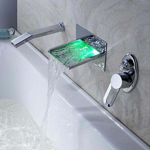 robinetterie-de-baignoire-robinet-cascade-à-lumière-led