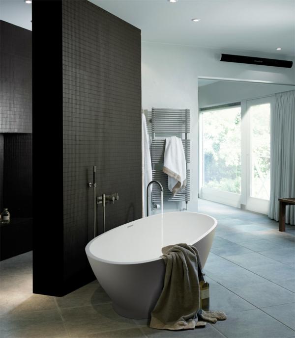 La robinetterie de baignoire pour la salle de bains for Robinetterie noire salle de bain