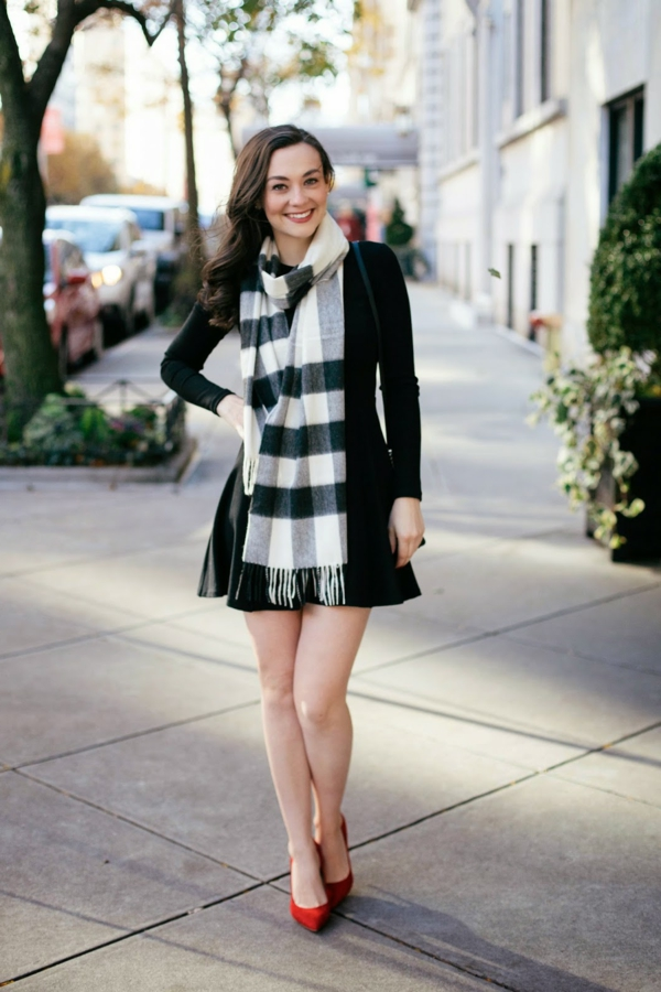 s-habiller-bien-avec-burberry-tenue-robe-noir