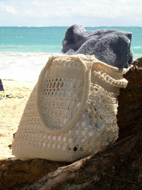 sac-en-tissu-tricoté-à-la-main-tissu-beige