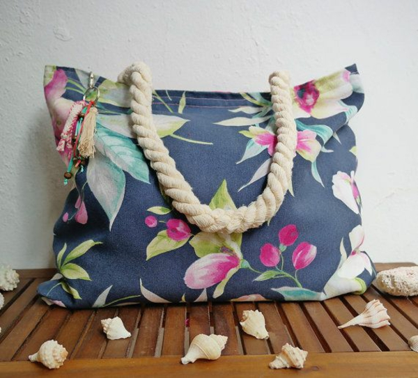 sac-en-toile-style-marin-sac-de-plage