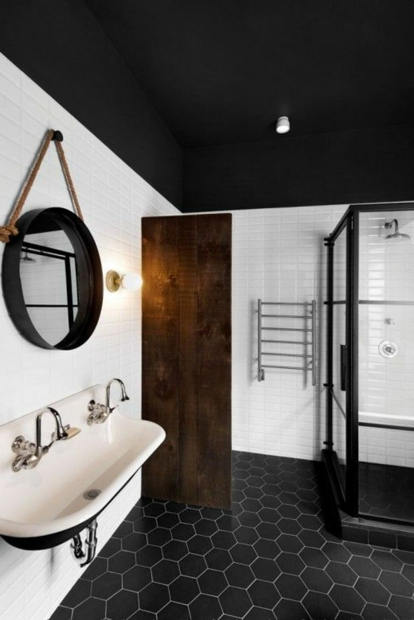 une salle de bain sous pente ou sous combles en 52 photos. Black Bedroom Furniture Sets. Home Design Ideas
