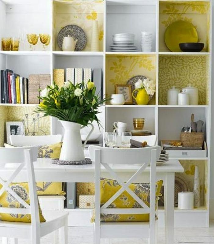 salle-de-séjour-idée-cubes-de-rangement-boites-de-rangement-en-bois-blanc-vert