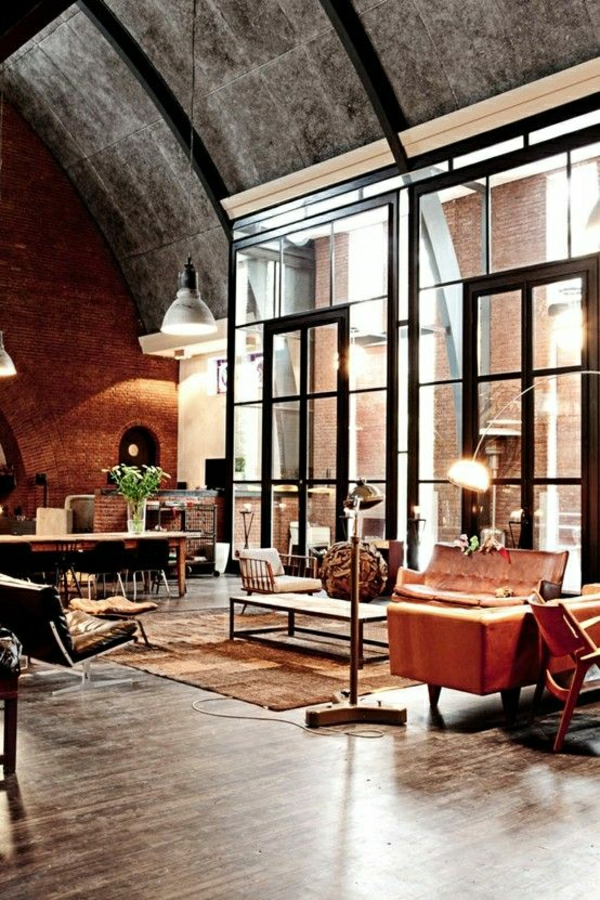 salle-de-séjour-moderne-mobilier-industriel-fleurs-lampe-de-lecture