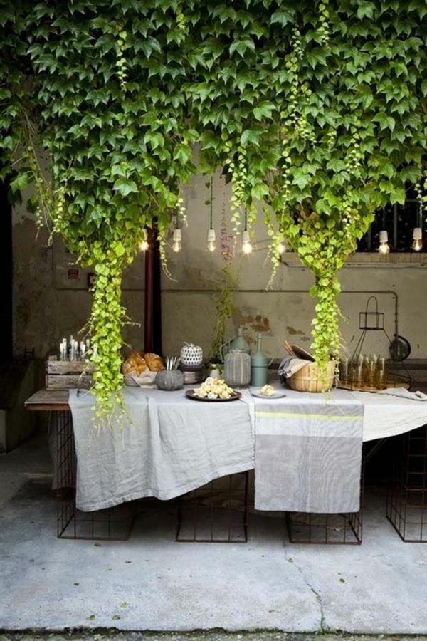 Salon de jardin avec grande table des id es int ressantes pour la conception de for Fabriquer petite table de jardin