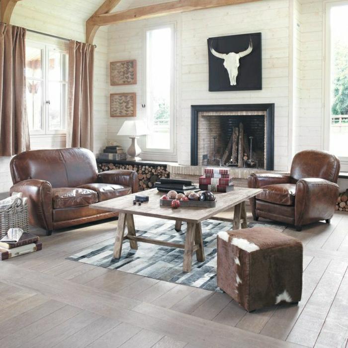 salon-en-cuir-marron-tapis-parquet-planchers-peinture-cheminée-rideaux-beiges