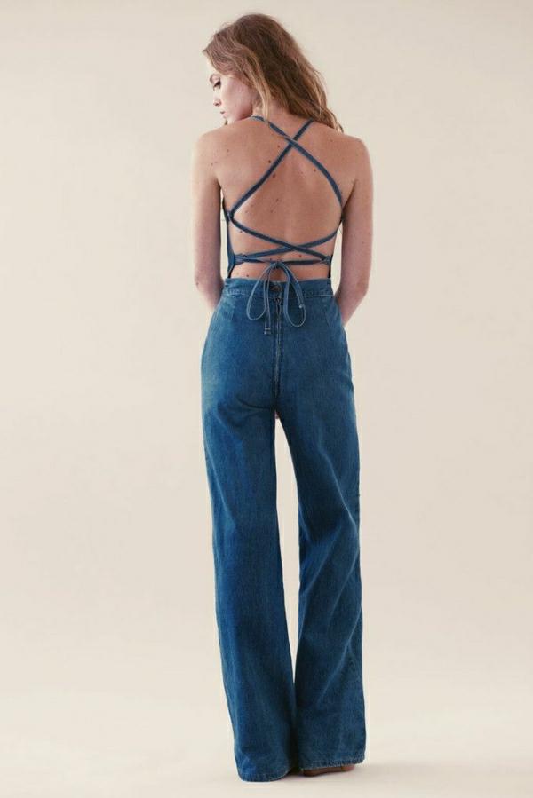 salopette-en-jean-avec-dos-nu-femme-mode